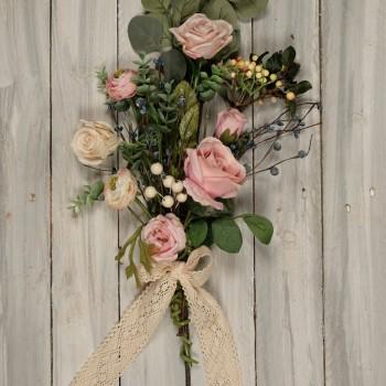 Μπράνς ανθοδέσμη με ροζ τριαντάφυλλα 50cm