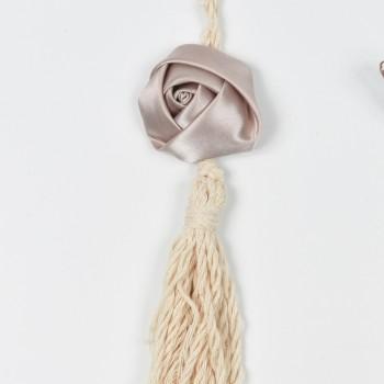 Κρεμαστό σατέν λουλούδι με φούντα