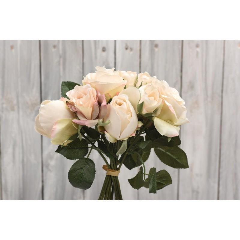 Μπουκέτο λουλουδιών τριαντάφυλλα