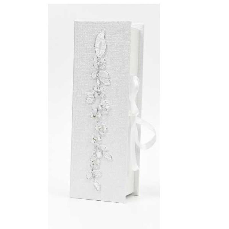 Κουτί μπομπονιέρας με δαντέλα και κορδέλα  22x7,5x5cm