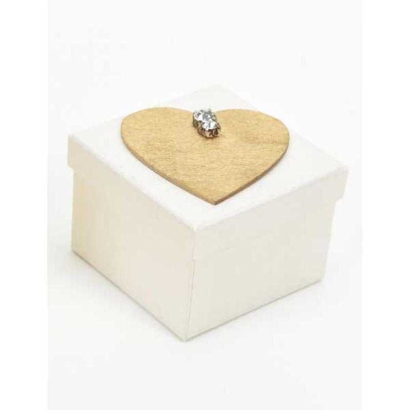 Κουτί μπομπονιέρας  λευκό με χρυσό μοτίφ καρδιά με στράς  7x7x5cm