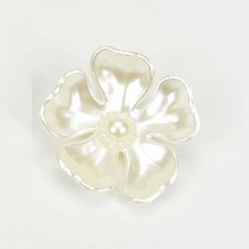 Λουλούδι λευκό με περλα στο κέντρο 4cm